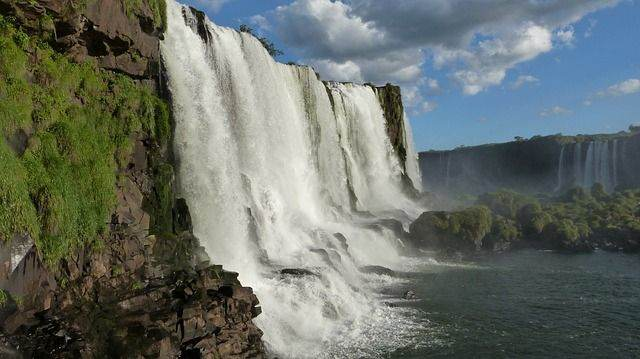 Rondreis Brazilië, adembenemende watervallen en een rijke cultuur