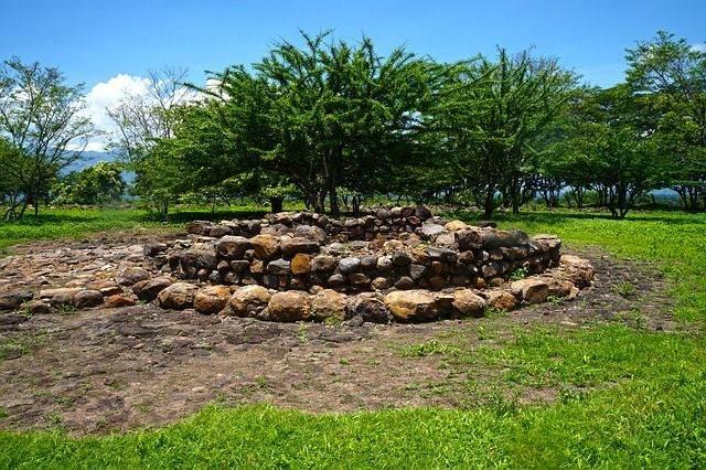 archeology-486236_640