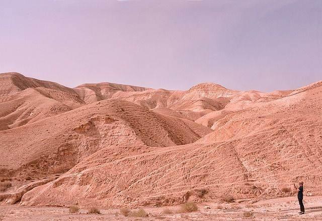 desert-1143790_640