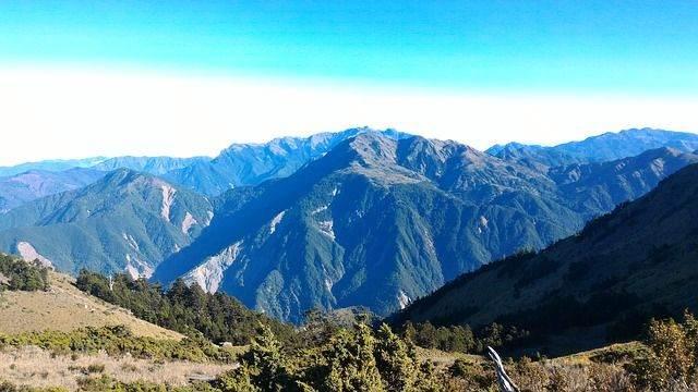 mountain-941584_640
