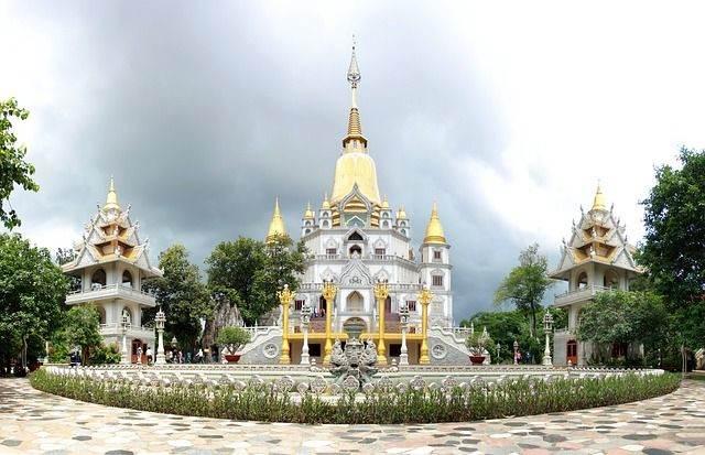 pagoda-704657_640