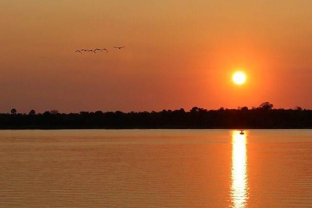sunset-1364408_640