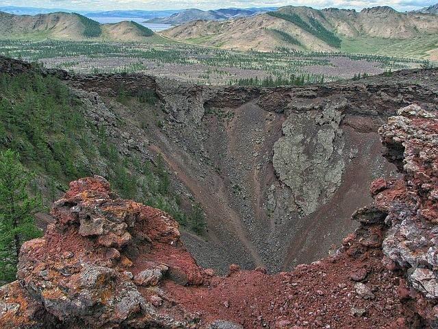 volcano-1355422_640