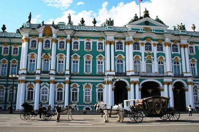 winter-palace-215727_640
