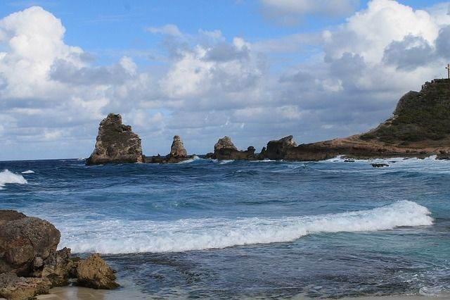 beach-646538_640