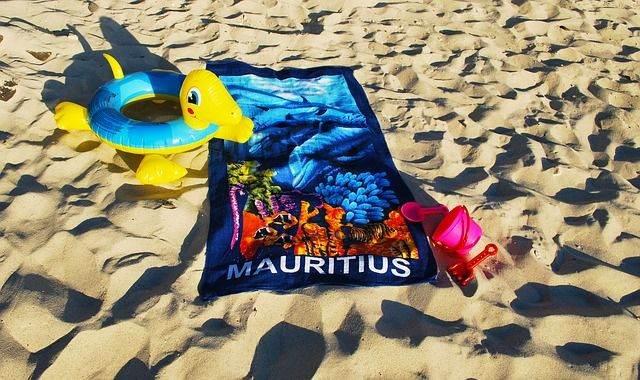 beach-1613730_640