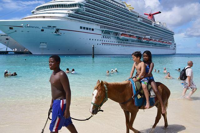 cruise-1198919_640