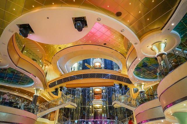 cruise-ship-1322949_640