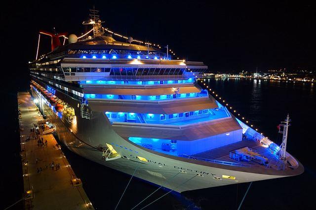 cruise-ship-778533_640