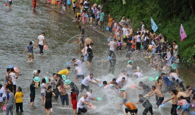 Songkran is een bijzonder natte Thaise traditie