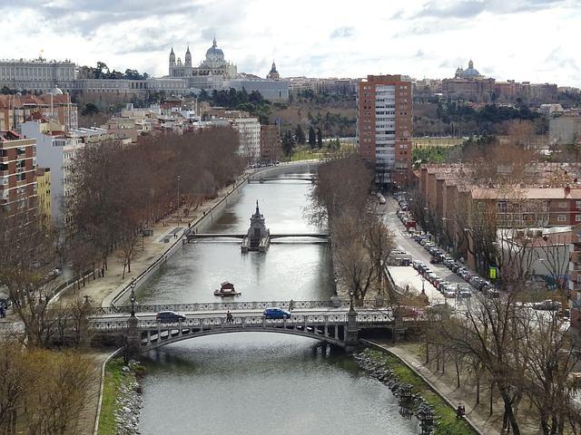 river-1016970_640