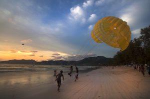 Parasailen in Thailand