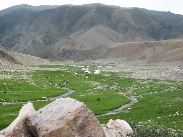 mongolia-486864_640
