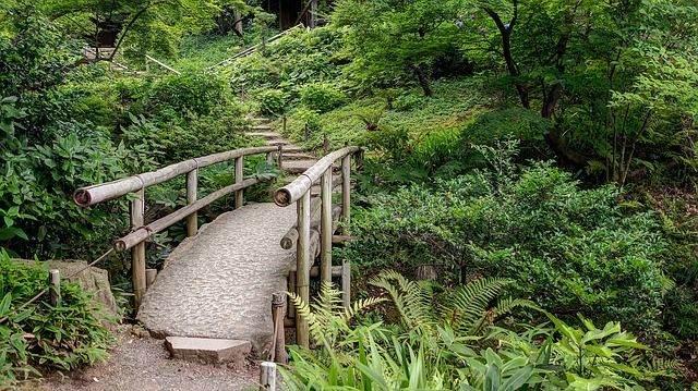 sankeien-gardens-1088419_640