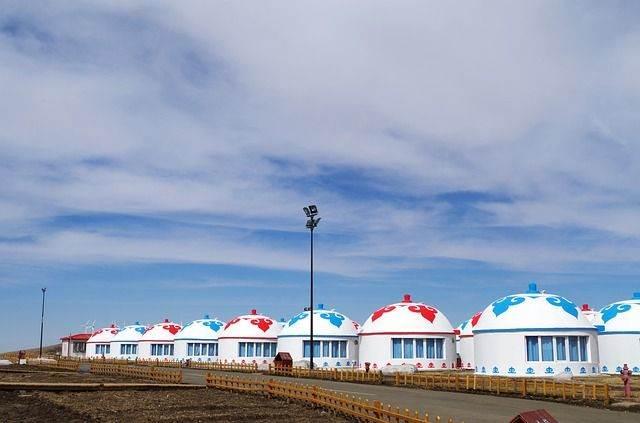 yurts-1349994_640
