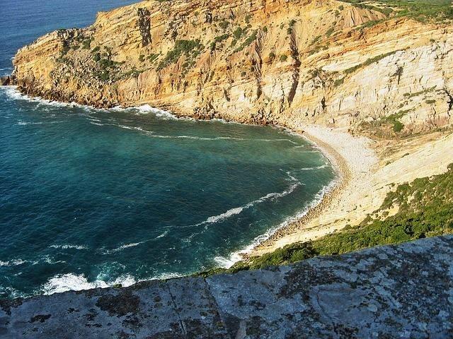beach-1361487_640