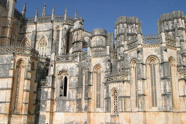 portugal-206384_640