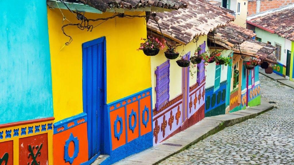 Rondreis Colombia, koffievelden en Caribische stranden