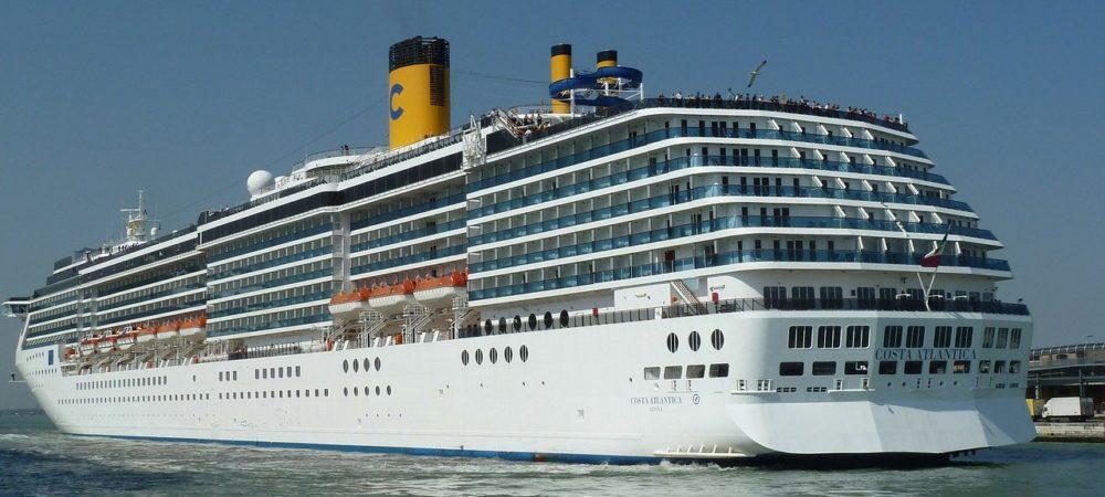 cruise-100872_1280
