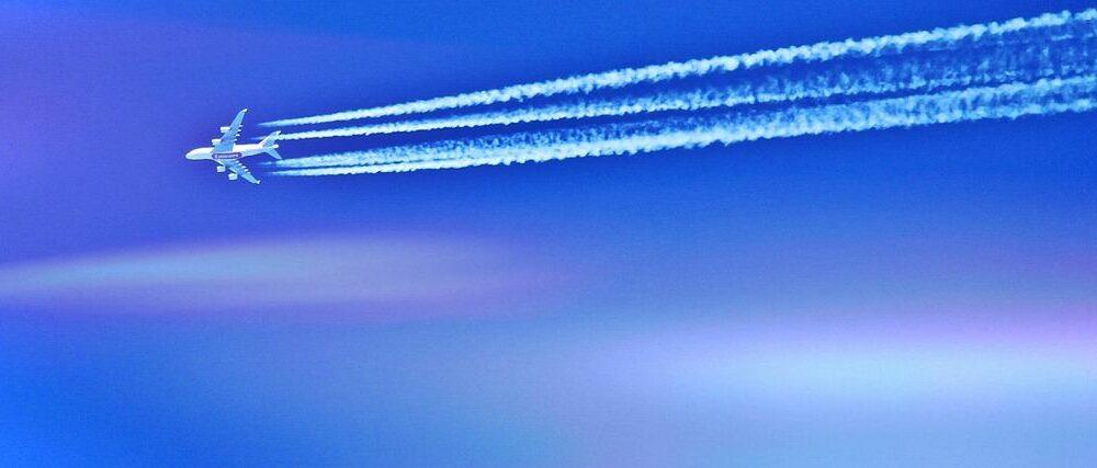 aircraft-862216_1280