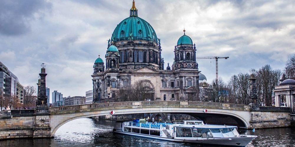 berlin-3051937_1280