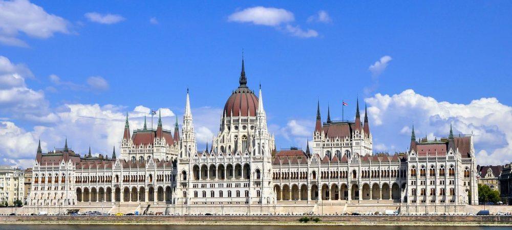 budapest-3623477_1280