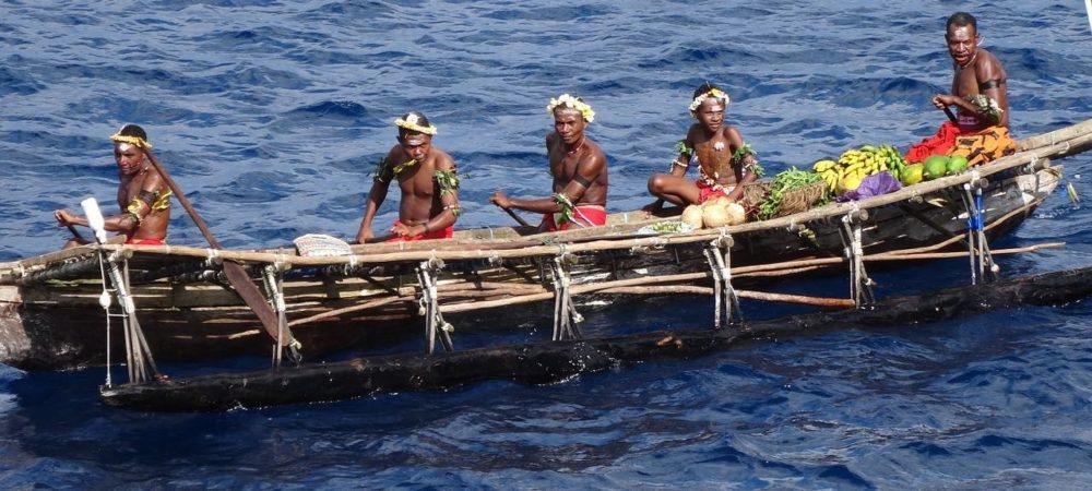 canoe-262466_1280