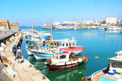 In de zomer en winter op vakantie naar Kreta