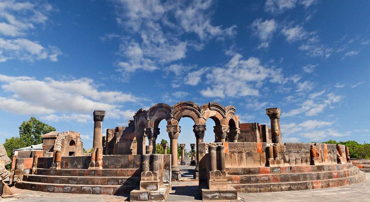 Ruins of Temple of Zvartnots, Yerevan, Armenia.-min