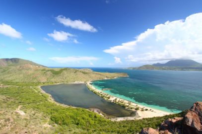 Natuurlijk stranden van Saint Kitts